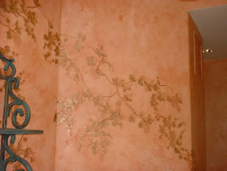 Fresco wall finish with hand painted ivy.